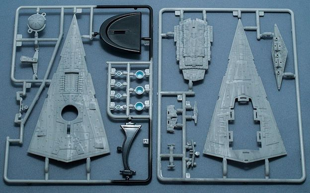 1/12300 Star Wars. Imperial Star Destoyer (Revell 03609) Easy Kit